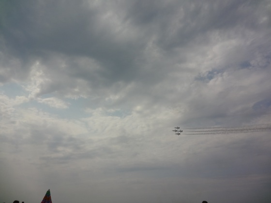 Not a great picture, but it's the Thunderbirds! So cool!