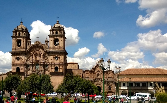 Explore the Plaza de Armas by day.